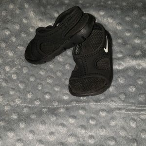 New Nike Sunray 9 Sandals